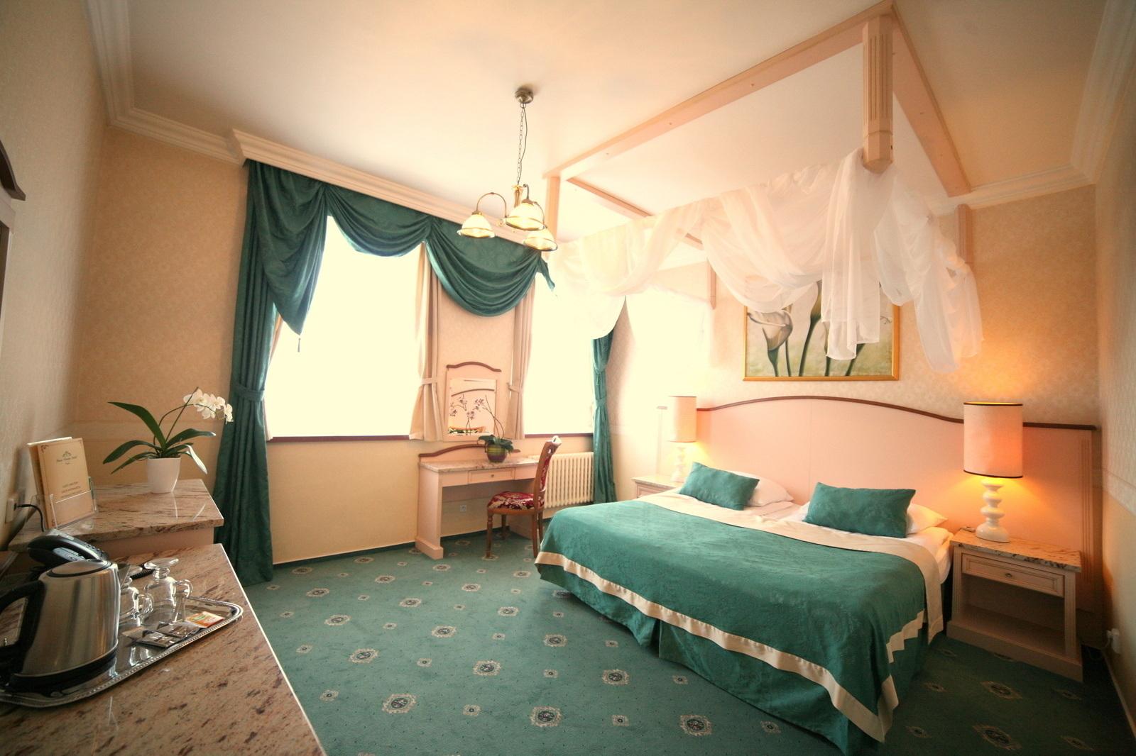 Pokoje v hotelu green garden hotelov ubytov n praha for Green garden rooms